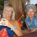 in der Strandbar mit Helga und Regina