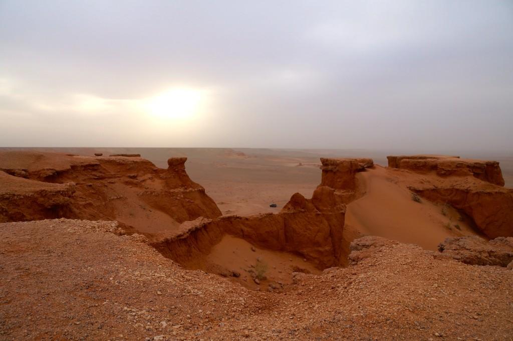 Abendsonne vom Sand verschluckt
