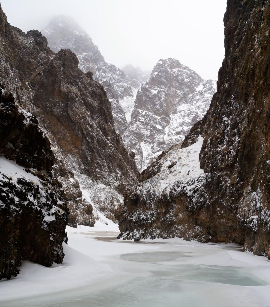 Yolyn Am - Ice Valley